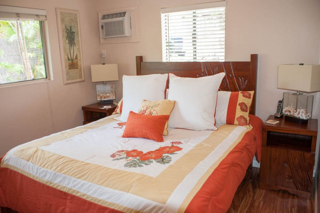 Maui Cottage for Rent Wailea-master bedroom